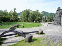 札幌市内の採石場跡地をリニューアル!?「石山緑地」は自然とアートがブレンドした芸術公園!