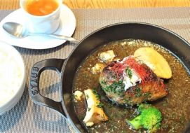 K's table(ケイズテーブル)/札幌市/北海道産銘柄豚100%のハンバーグランチ!サラダバー付でとってもお得♪