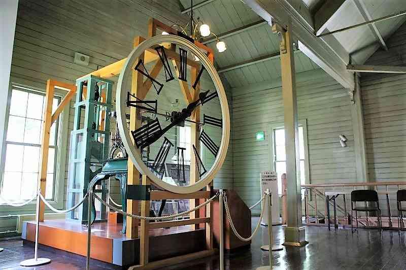 時計台の塔時計と同型のもの