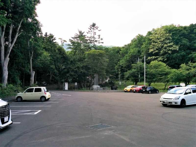 平和の滝の駐車場