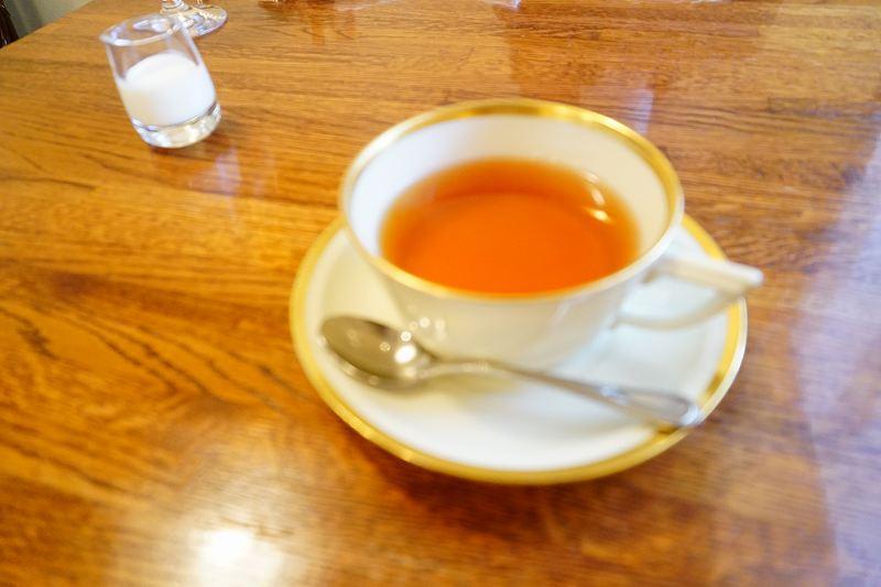 食後の紅茶もちゃんと美味しいやつ