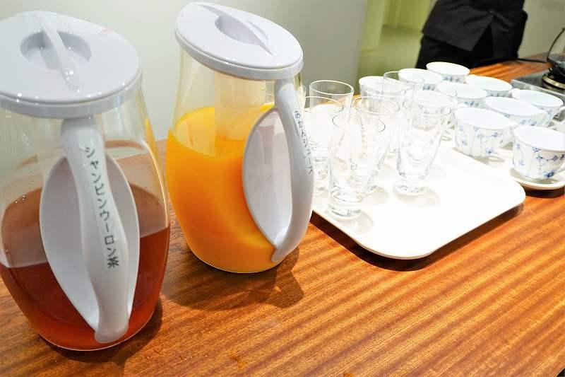 シャンピンウーロン茶&みかんジュース