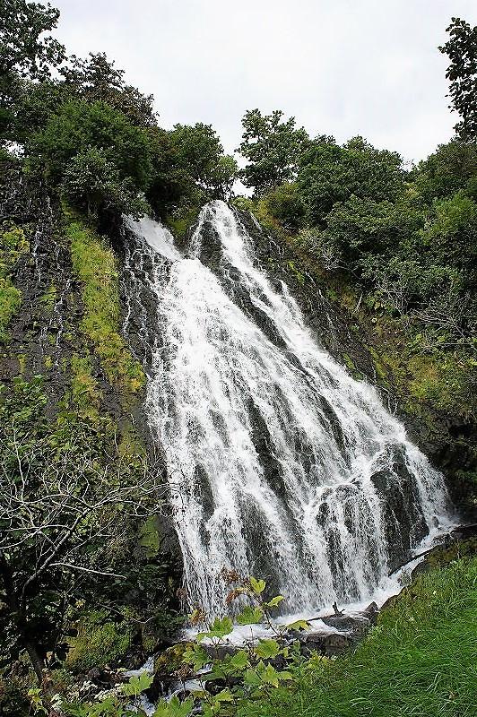 オシンコシンの滝の全景