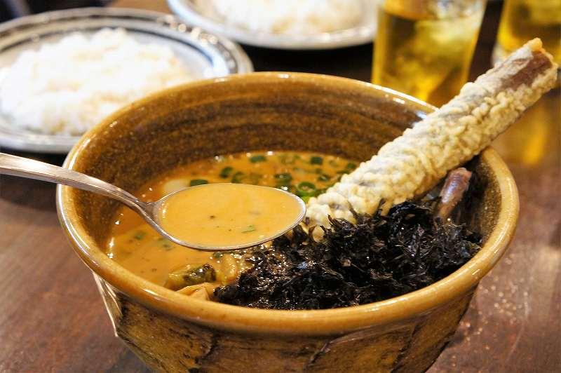ソウルストアの旨みが凝縮された濃厚スープ