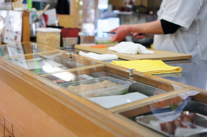 寿司処けいらんの寿司ネタケース