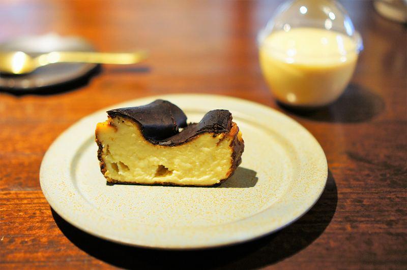 ZENIBAKO coffee(銭函珈琲)のバスクチーズケーキ