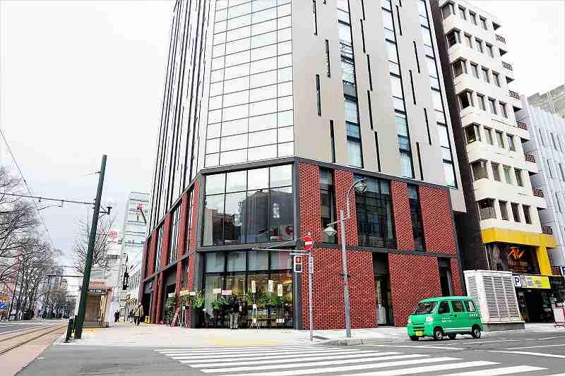 千秋庵札幌本店は建物の1階