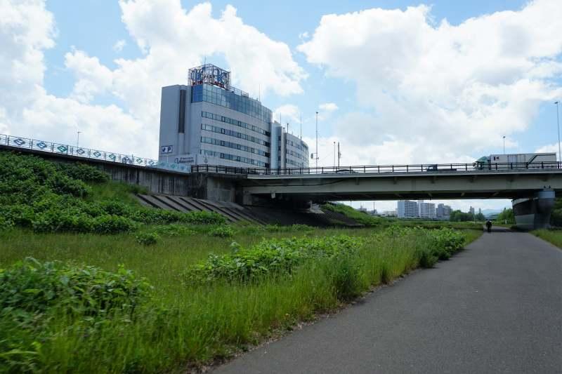 南19条大橋手前の豊平区河川敷