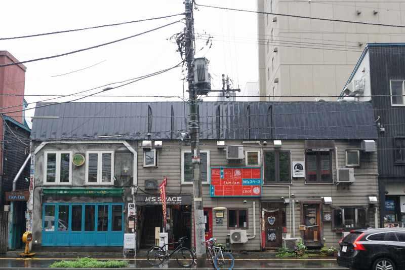 「ベンベラネットワークカンパニー」のある建物外観