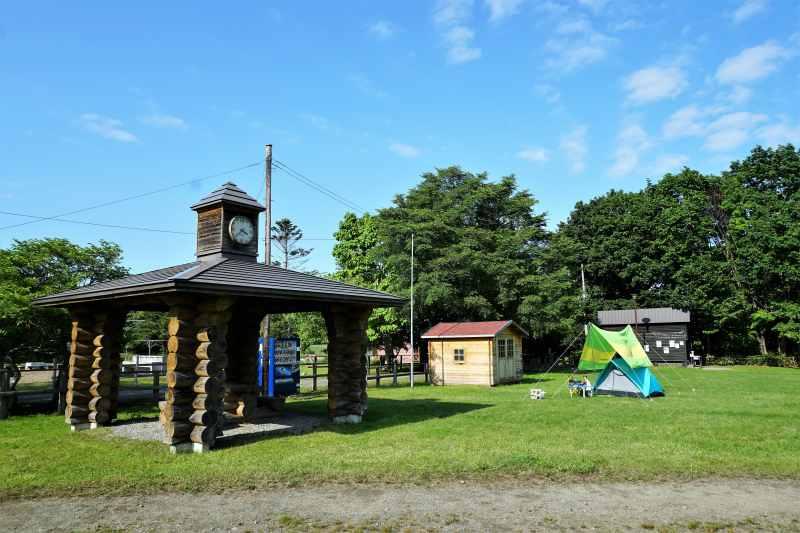 江別市森林キャンプ場の東屋