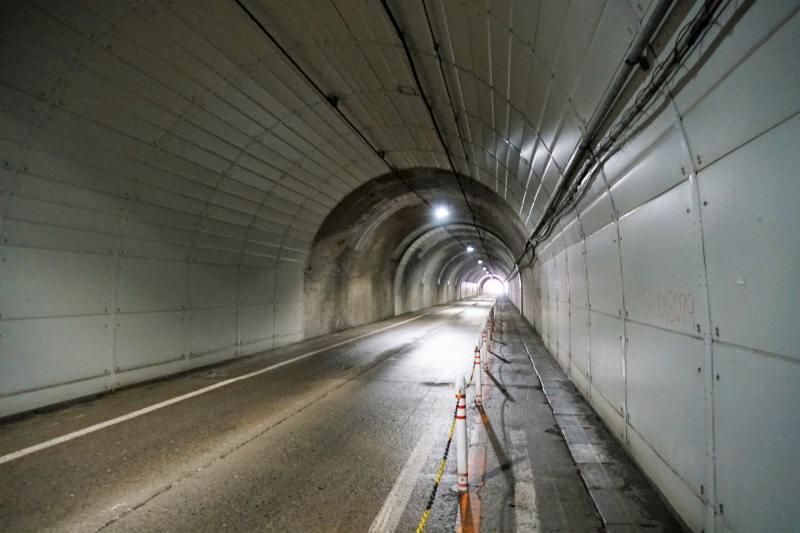 冷水トンネルの中
