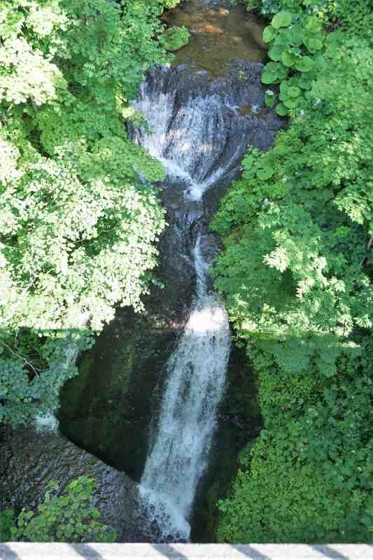 九段の滝の下部