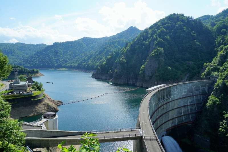 豊平峡ダムの全景