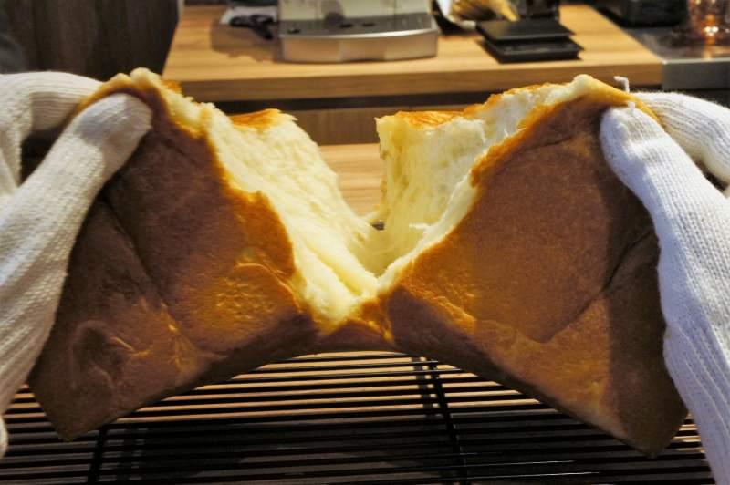 暮らせばわかるさ の 高級食パン