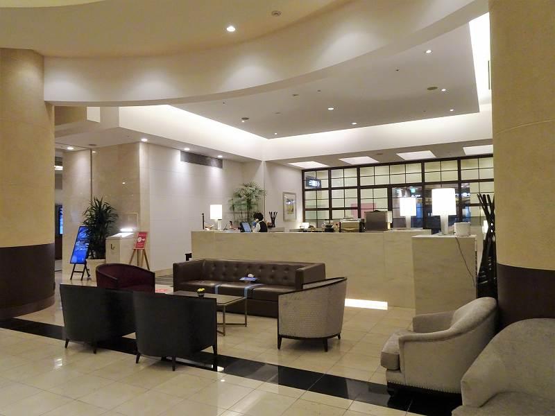 「JRタワーホテル札幌日航」の1階にある「ザ ロビーラウンジ」の外観