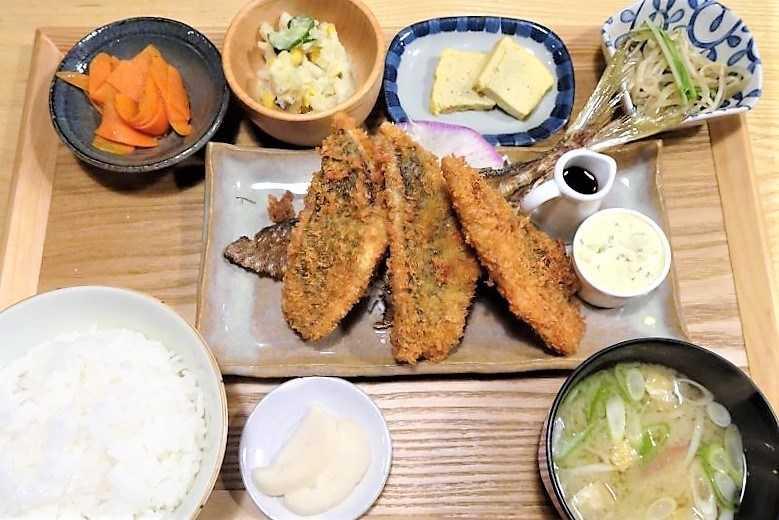 土鍋めしひなたの「生アジフライ定食」
