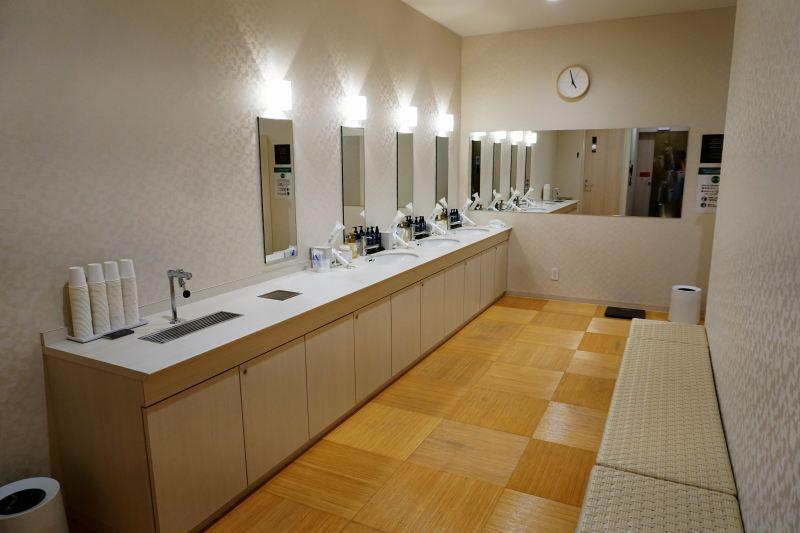 「JR INN 札幌駅南口」の大浴場の脱衣場