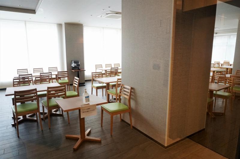 スマイルホテルプレミアム札幌すすきのの朝食会場