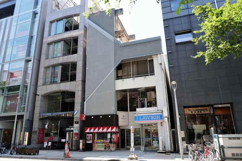 「串鳥 三番街店」のある澤田ビル