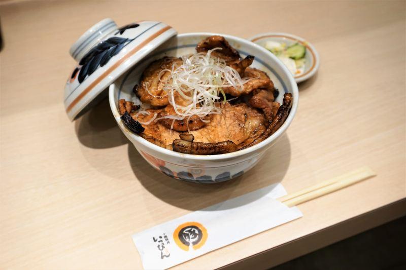 「十勝豚丼いっぴん」の豚丼