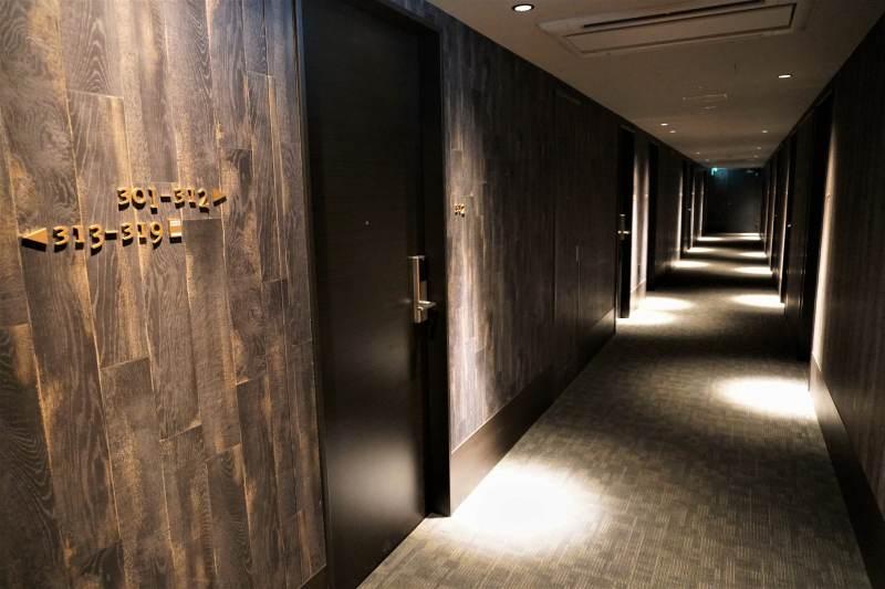 レンブラントスタイル札幌の共用廊下