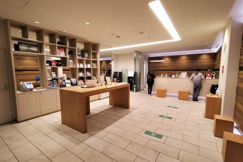 「JR INN 札幌駅南口」のフロント