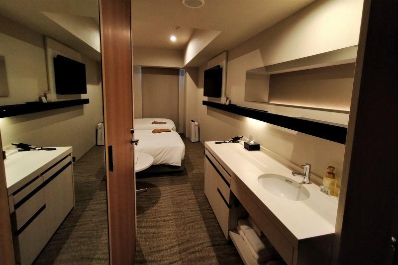 「JR INN 札幌駅南口」のツインルームの室内の様子
