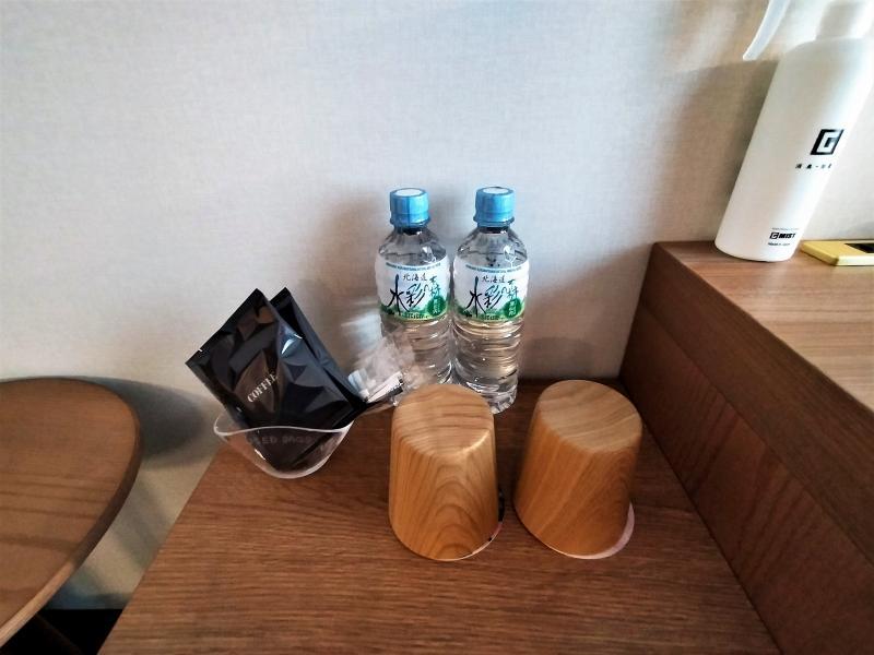 ザノット札幌のスタンダードツインルームのドリンク類