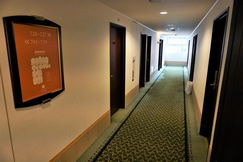 「プレミアホテルキャビン札幌」の廊下