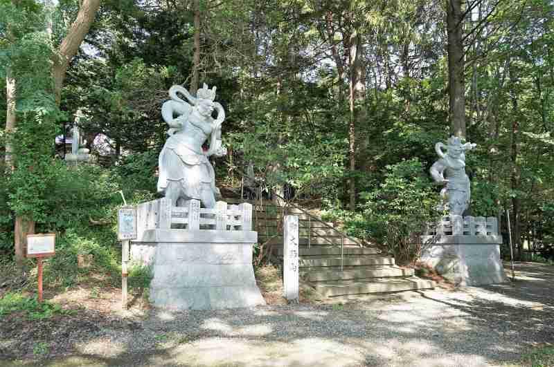 「栗山寺」の入口