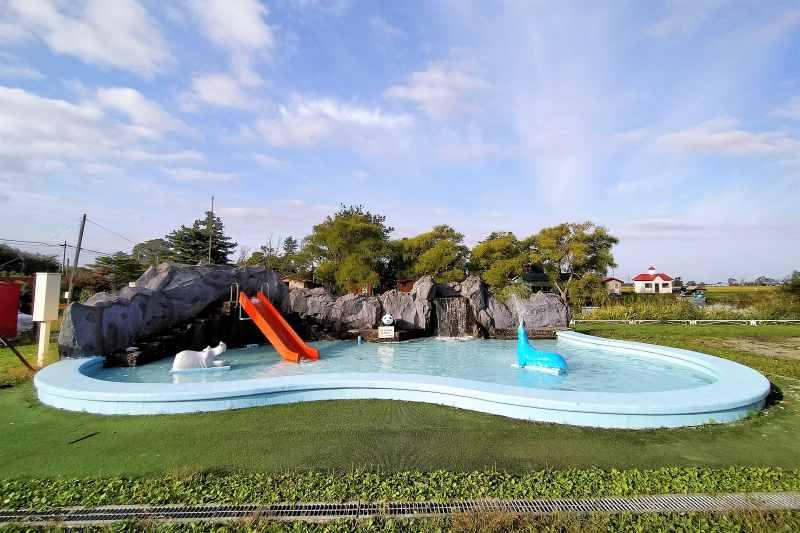 「三重湖公園キャンプ場」のプール
