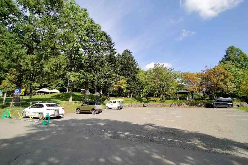 「栗山公園」の第4駐車場