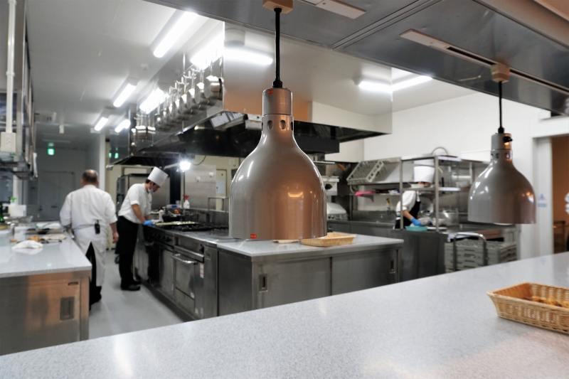 ヌーベルプース大倉山の厨房