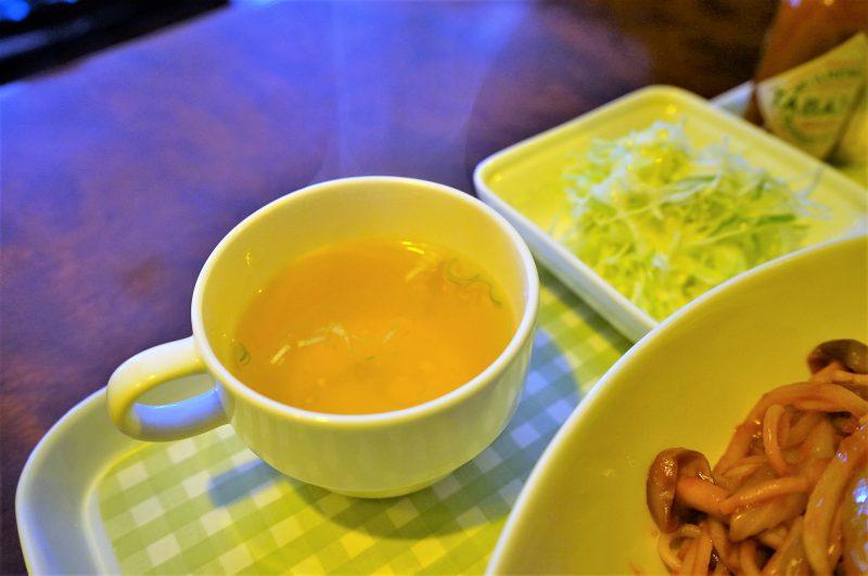 フランセのスープとサラダ