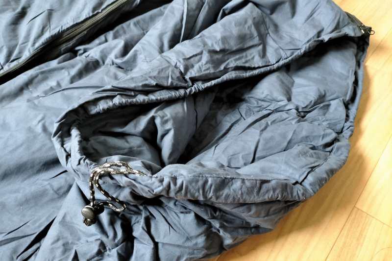 綿素材の寝袋