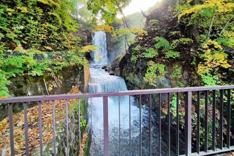 定山渓 白糸の滝