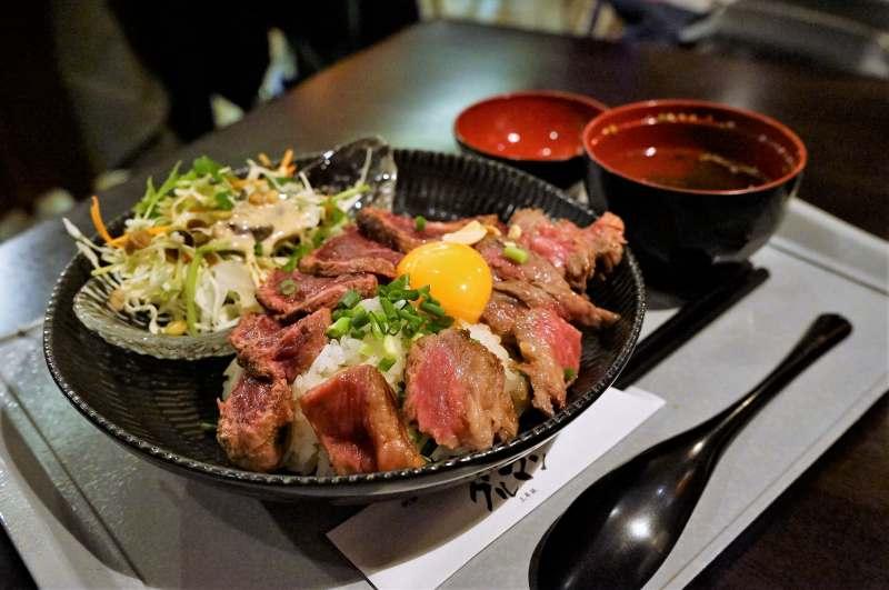 グルマン三年坂の「熊本コラボステーキ丼」