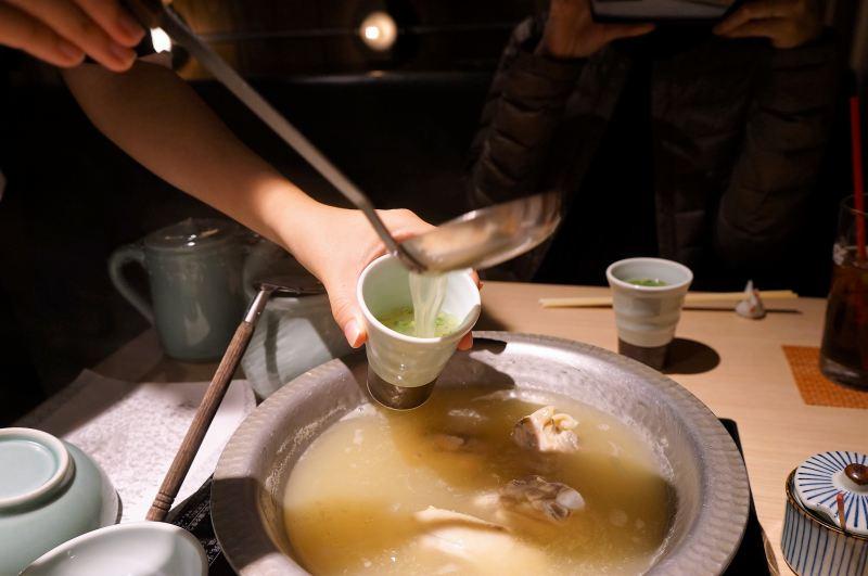 博多華味鳥の水炊き