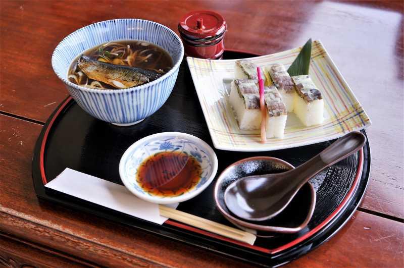 小樽貴賓館のしゃこ棒寿司