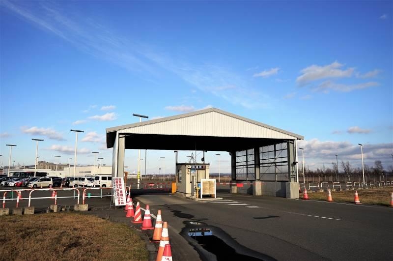 C駐車場の入場ゲート