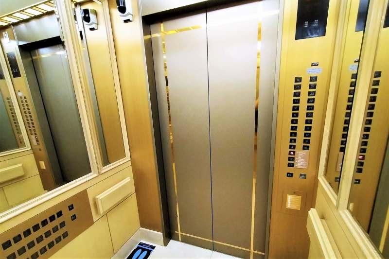 ホテルマイステイズプレミア札幌パークのエレベータ