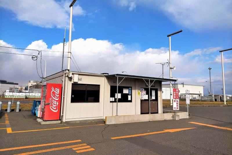 新千歳空港 C駐車場内のバス乗り場