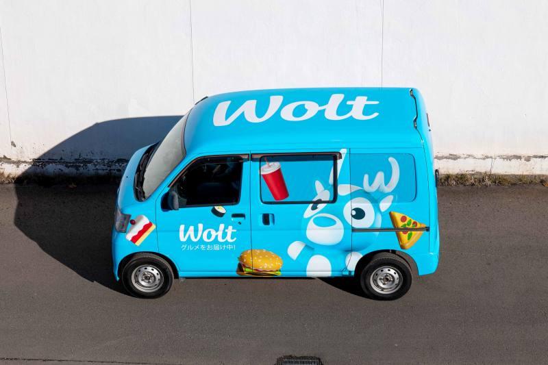 Wolt ラッピングカー