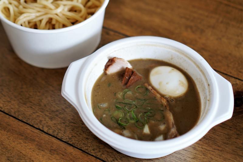 井さい 味玉濃厚煮干しつけ麺(デリバリー)