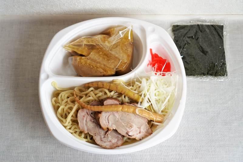 麵屋有頂天の濃厚魚介豚骨つけ麺