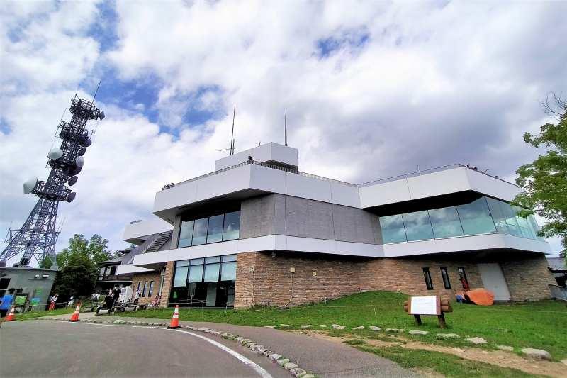 藻岩山展望台 山頂駅建物