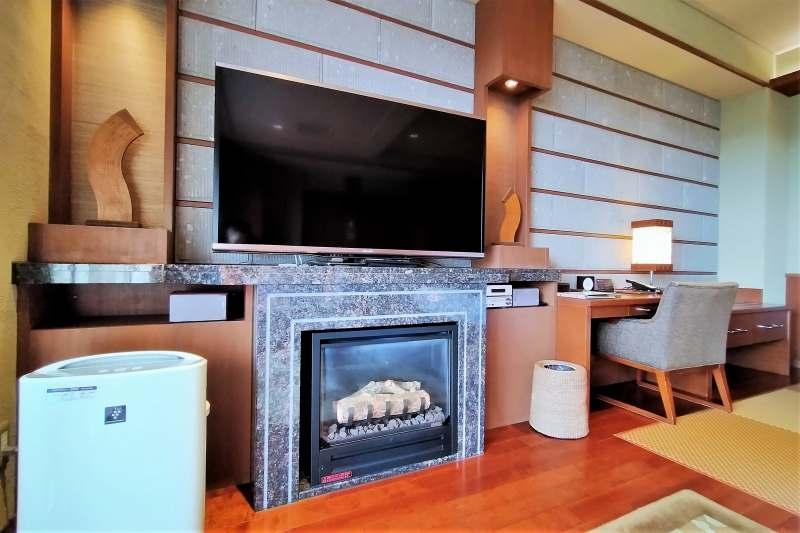 森のスパリゾート北海道ホテル 暖炉