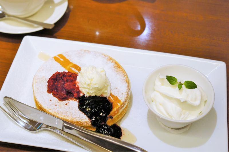 よつ葉ホワイトコージーのパンケーキ