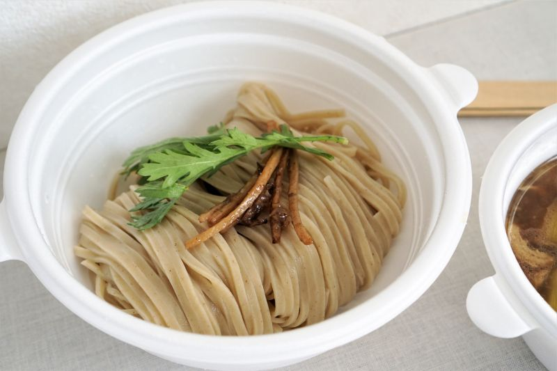 ダックラーメンエイジ 麺