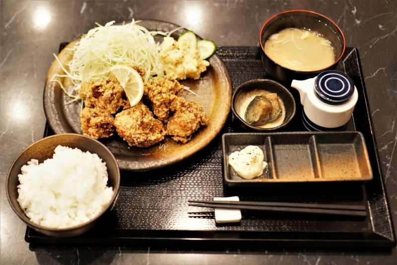京橋本店 北海道ザンギ定食